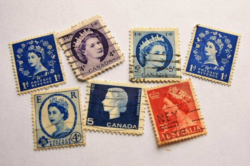 queen-3084166_1920.jpg